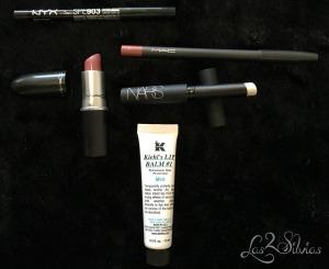 Lápiz ojos NYX, base labios Nars, labial y delineador Mac y Lip Balm de Kiehls
